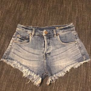 Blank NYC Jean shorts size 25